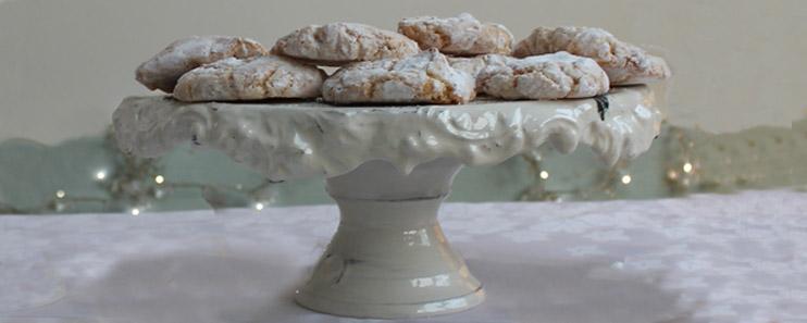 handmade cakestand with christmas cakes
