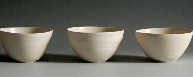 Simple white porcelain handmade bowls